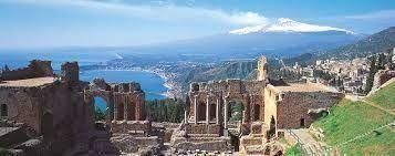 タオルミーナのギリシャ劇場からの絶景
